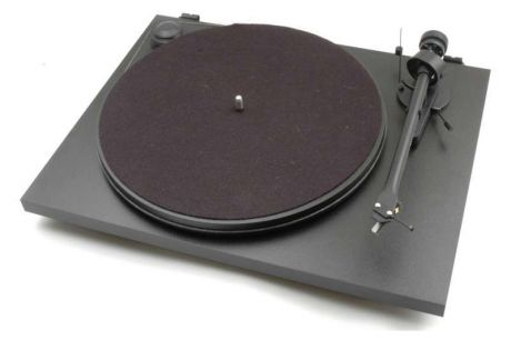 Gramofon Pro-Ject Essential II USB + OM5E